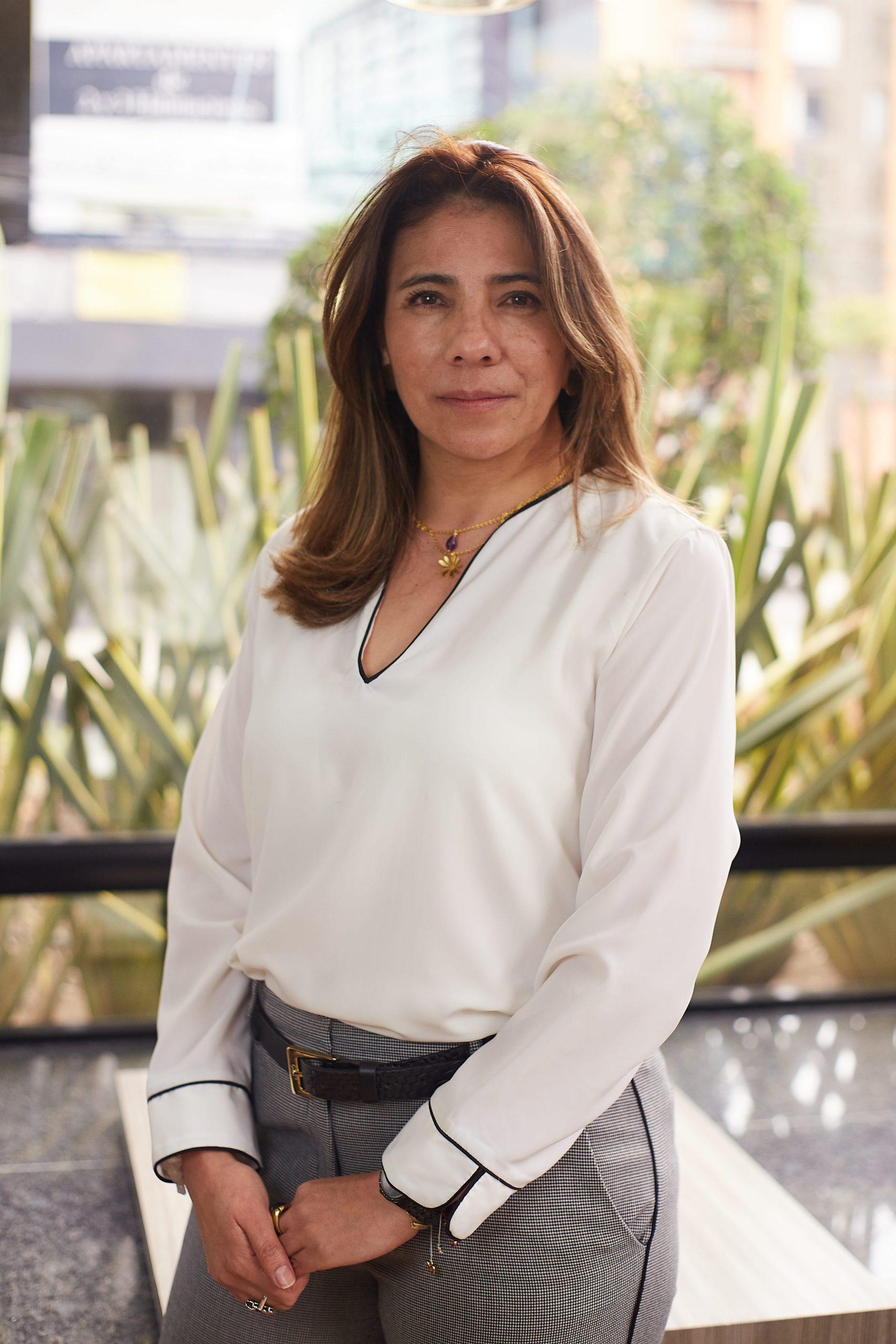 Angela María Velásquez - Partner Tax and Compliance director - AP Consultores y Auditores